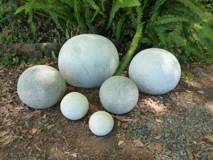 balls_x_6.jpg