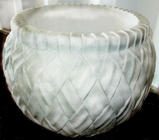 basket_weave_planter_rnd.jpg