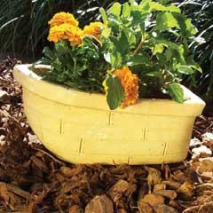 boat_planter.jpg