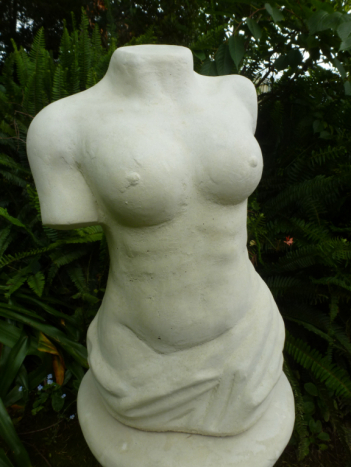female_bust.jpg