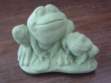 frogs_2_small.jpg