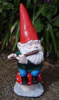 gnome_flute.jpg