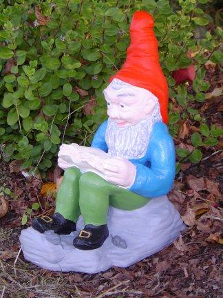 gnome_reading.jpg