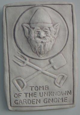 gnome_tomb_plaque.jpg