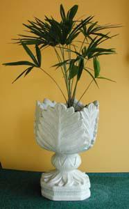 leaf_urn.jpg