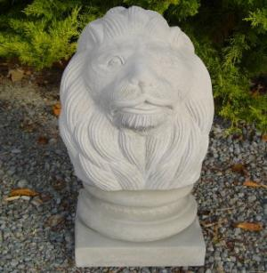 lion_head_on_stand.jpg