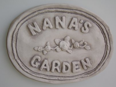 nanas_garden_wall_plaque.jpg
