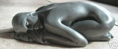 nude_sleeping_lady.jpg