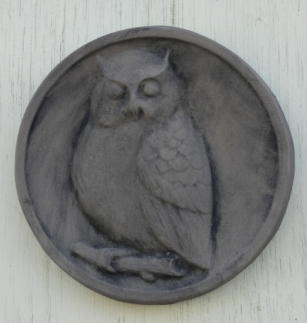 owl_plaque_oval.jpg