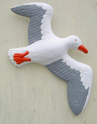 seagull_plaque_red_bill.jpg
