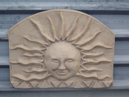 sun_lge_wall_plaque.jpg