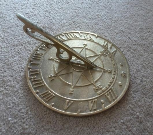 sundial_225mm.jpg