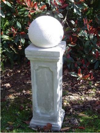 tall_pedestal_with_ball.jpg