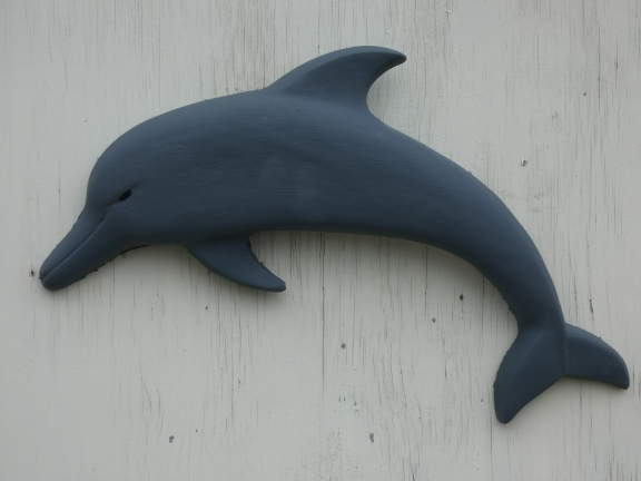 wall_plaque_dolphin_2.jpg