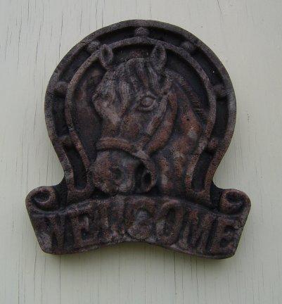 welcome_horse_plaque.jpg